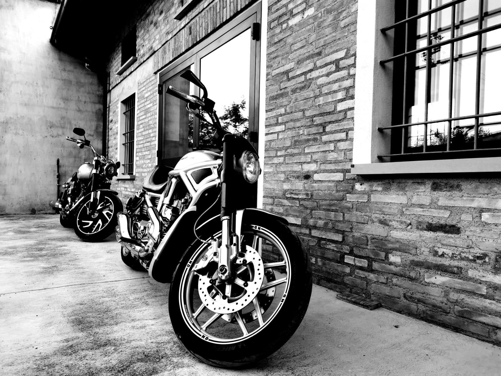 MOTORCYCLES GARAGE ASSISTENZA HARLEY DAVIDSON BRESCIA, CREMONA, MANTOVA, PARMA